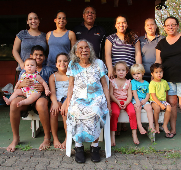 Back: Niki Huddleston, Jo Huddleston, Leslie Huddleston, Kara Huddleston, Shahn Scott, Bev Huddleston Middle: Jayden, Scarlett, Ava, Karen, Hudson, Cooper-Lee Front: Nancy Gibbs (née Croft), Bakewell, 17 October 2015