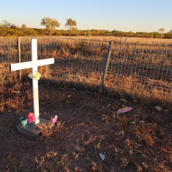 Joseph Croft's (1926 – 1996) grave, Kalkaringi cemetery, 4 July 2015